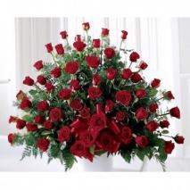 Red Rose Arrangement Send To Philippines