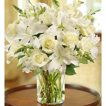 Classic All-White Arrangement Delivery To Philippines