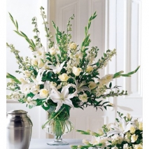 Traditional Victorian Bouquet Delivery To Philippines