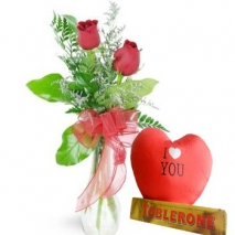Red Roses w/ Chocolate Box To Philippines
