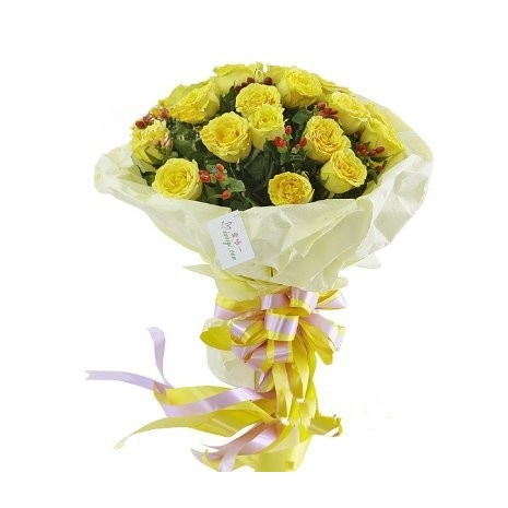 12 yellow roses in bouquet to philippines